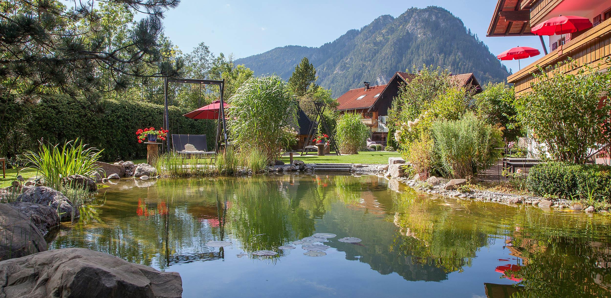 Landhaus Garten Schwimmteich